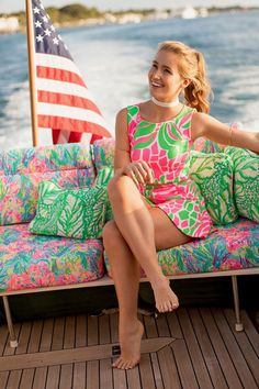 🌟Tante S!fr@ loves this📌🌟Lilly Pulitzer Spring Break Sunseekers