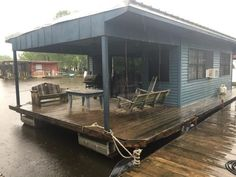 10. Rent a Houseboat from Houseboat Adventures on Cypress Cove