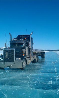 Ice road truck. 2001 KW 900L