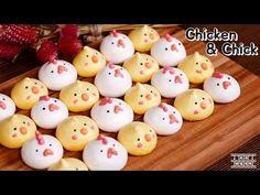 Meringue chicks and hens Meringue Cookie Recipe, Cookie Recipes, Dessert Recipes, Mini Meringues, German Cookies, Kawaii Dessert, Easter Cookies, Food Humor, Cute Food