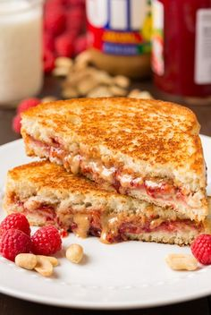 Pizza, bread and yeasted treats on Pinterest | Pizza, Barbecue Chicken ...