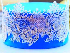 LACE DESIGN MAT LACE MOLD SILICONE LACE MAT Large size 32cm mat Item Description Material food grade sIlicone FDA food certified Weight 83G Color