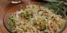 Zhubněte zdravě:18 nejlepších receptů na chutné a zdravé saláty, která Vás dostanou zpět do formy! - Příroda je lék Cabbage, Grains, Health Fitness, Food And Drink, Low Carb, Rice, Salad, Vegetables, Cabbages