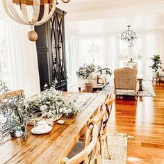 🌟Visha🌟 (@home_with_the_whites) • Instagram photos and videos Table Settings, Table Decorations, Photo And Video, Videos, Photos, Furniture, Instagram, Home Decor, Pictures
