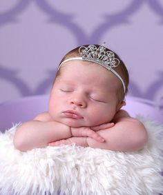 Look at this Nest Of Many Colors Silver Classic Princess Crown Headband on today! Baby Girl Fashion, Toddler Fashion, Kids Fashion, Baby Nursery Closet, Baby Carriage, Baby Princess, Crown Headband, Baby Girl Headbands, Photographing Babies