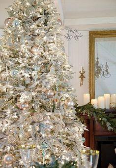 Lovely Snow Flocked Christmas Tree - Best Christmas Moment