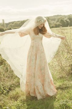 1970s vintage peach floral Annabelinda wedding dress photographs by Rachelle Simoneau