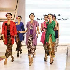 Kebaya, Kimono Top, Sari, Tops, Women, Fashion, Saree, Moda, Fashion Styles