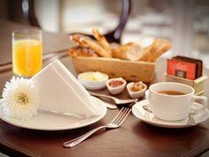 Morgenmuffel brauchen manchmal einen kulinarischen Anreiz, um sie aus den Federn zu locken. Mit diesen 5 Frühstücksideen klappt das garantiert.