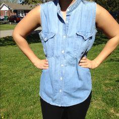 Denim | Button Up | Sleeveless Top Gorgeous vintage sleeveless top! Andrews Blues Tops Button Down Shirts