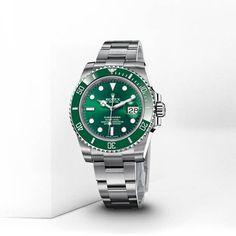 Rolex Submariner Green Face Green Bezel. Love it !