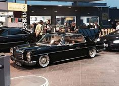Mercedes W114, Old Mercedes, Classic Mercedes, Daimler Benz, Dream Cars, Bike, Vehicles, Automobile, Cutaway