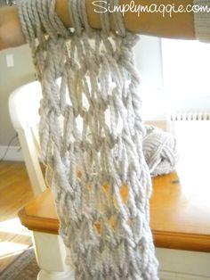 Arm Knitting Tutorial - How-To   simplymaggie.com