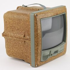 Another thing, which is not really pretty, but somehow great: The Philipp Starck TV – I always loved, but never have it.