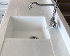Choosing a New Kitchen Sink Green Kitchen Walls, Kitchen Lamps, Kitchen Pendants, New Kitchen, Kitchen Sinks, Kitchen Ideas, Kitchen Decor, Kitchen Design, Corian Sink