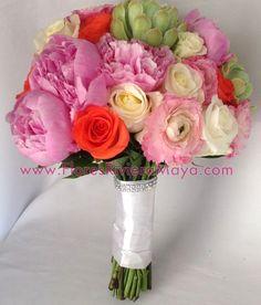 #wedding flowers #succulents #bouquet Wedding florist Cancun and Riviera Maya