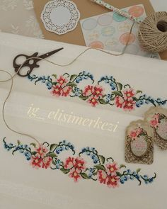 Cross Stitch Flowers, Cross Stitch Patterns, Bargello, Diy And Crafts, Crochet Necklace, Embroidery, Jewelry, Cross Stitch Borders, Face Towel