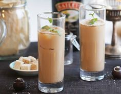 Smoothie Drinks, Smoothies, Christmas Baking, Yummy Drinks, Vodka, Panna Cotta, Food And Drink, Ethnic Recipes, Desserts