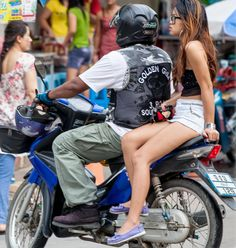 After watching and admiring the poise and balance of Thai girls riding side-saddle on motorbikes for over 14 years, it dawned on me...... Why do they ride this way? Much more about Koh Samui and Thailand here: http://islandinfokohsamui.com/   motorcycle-side-saddle-Thailand-bangkok-samui-tours-travel-trans