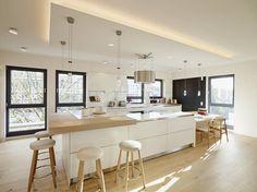 Penthouse : Moderne Küchen von honey and spice