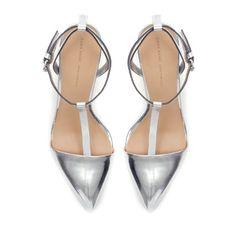 zara-sandals.jpg 400×400 pixels