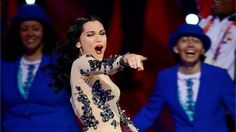 Jessie J powers through performance
