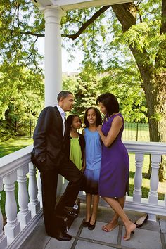President Barack Obama With First Lady Michelle Obama With Daughters Malia Obama & Sasha Obama.