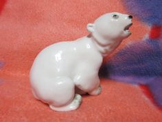 VINTAGE Porcelain Figurine Soviet ussr white bear lomonosov LFZ russian antique