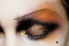 makeup at john galliano ready to wear spring/summer 2011