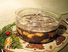 Das perfekte Mohn-Klöße aus Schlesien-Rezept mit Bild und einfacher Schritt-für-Schritt-Anleitung: Rosinen mit Rum mischen und abgedeckt durchziehen…