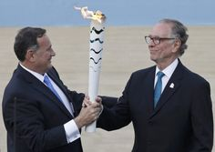 Grecia entrega fuego olímpico a Brasil. Visite nuestra página y sea parte de nuestra conversación: http://www.namnewsnetwork.org/v3/spanish/index.php #nnn #bernama #malasia #malaysia #kl #brasil #brazil #olympics #olimpiadas #grecia #greece #rio #deportes #atenas #news #noticias