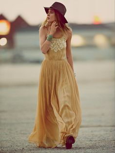 97251 $750 Mes Demoiselles By Free People Full Of Grace Embroidered Maxi Dress S #MesDemoiselles #FullOfGraceDress #Casual