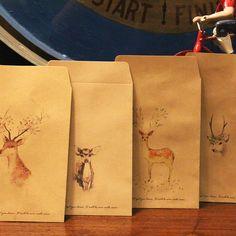 Cute Kraft Paper Retro Deer Envelope Mini Envelopes Vintage For Card Scrapbooking Crate Gift Mini Envelopes, Invitation Envelopes, Paper Envelopes, Envelope Kraft, Gift Envelope, Paper Candy, Christmas Party Favors, Deer, Wraps