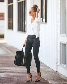 end of summer work outfits Summer Work Outfits, Casual Work Outfits, Work Attire, Office Outfits, Work Casual, Stylish Outfits, Cool Outfits, Outfit Work, Office Attire