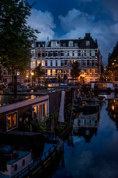 Life on the canals