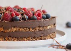 Nøddebund Cake Recipes, Dessert Recipes, Desserts, Danish Food, Crazy Cakes, Recipes From Heaven, Food Cakes, Sweet Cakes, No Bake Cake