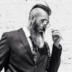 Candy Beard Balm SLIVER FOX - Does it get any cooler? Perhaps with some Milkman beard balm or beard oil, yes it does!SLIVER FOX - Does it get any cooler? Perhaps with some Milkman beard balm or beard oil, yes it does! Big Beard Styles, Hair And Beard Styles, Grey Beards, Long Beards, Bart Styles, Barba Grande, Beard Images, Beard Haircut, Epic Beard