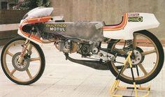 Bultaco gp Vintage Bikes, Vintage Motorcycles, Road Racer Bike, Baby Bike, Moped Scooter, Racing Motorcycles, Old Bikes, Vintage Racing, Road Racing