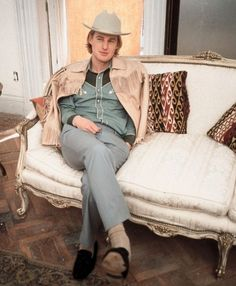 """Eli (Owen Wilson): """"I always wanted to be a Tenenbaum, you know?"""" // Royal (Gene Hackman): [quietly] """"Me too."""" // Eli: """"It doesn't mean what it used to though, does it?"""" -- from The Royal Tenenbaums directed by Wes Anderson Vintage Western Wear, Western Look, Wes Anderson Movies, The Royal Tenenbaums, Owen Wilson, Favorite Person, On Set, Movies And Tv Shows, Movie Tv"""