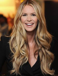 Elle Macpherson, great hair and color Loose Hairstyles, Pretty Hairstyles, Fashion Hairstyles, Style Hairstyle, Curly Hair Men, Curly Hair Styles, Thick Hair, Straight Hair, Hair Color Formulas