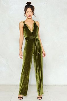 Nasty Gal nastygal Better Brush Up Velvet Jumpsuit Velvet Jumpsuit, Velvet Suit, Jumpsuit Outfit, Zara, Green Velvet, Beautiful Gowns, Women's Fashion Dresses, Diy Fashion, Nasty Gal