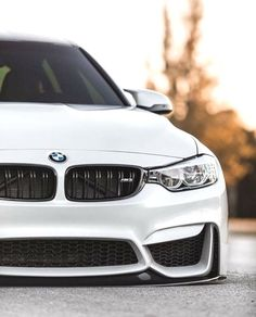BMW white slammed - New Sites Bmw M4, Suv Bmw, Audi Rs, Bmw 635csi, Cr7 Jr, Bmw White, Bmw Interior, F80 M3, Rolls Royce Motor Cars