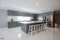- Harrington Kitchens -Modern Contemporary - Harrington Kitchens - modern luxury kitchen design ideas that will inspire you 56 Modern Kitchen Interiors, Luxury Kitchen Design, Kitchen Room Design, Kitchen Cabinet Design, Kitchen Layout, Home Decor Kitchen, Interior Design Kitchen, Kitchen Ideas, Kitchen Designs