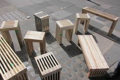 Stools and Benches from Pallets for the yard!
