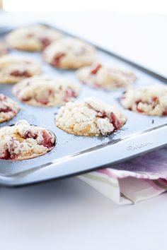 whole wheat strawberry muffins