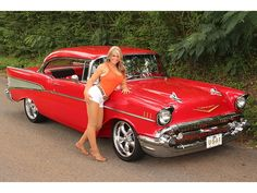 ( 2016 ) - HOT ROD '57 Chevy Bel Air and THE BEAUTIFUL PIN-UP GIRL 2016.