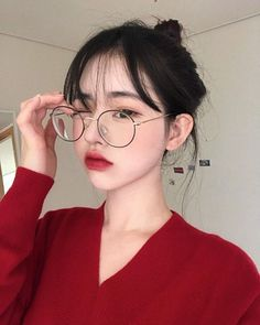 Image about girl in ulzzang by satan on We Heart It Korean Fashion Ulzzang, Cute Asian Fashion, Ulzzang Korean Girl, Cute Korean Girl, Korean Beauty Girls, Cute Asian Girls, Asian Beauty, Uzzlang Girl, Girl Face