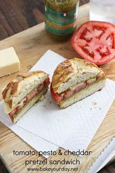 Dutch Crunch Roll w/Tomato, Pesto & Cheddar