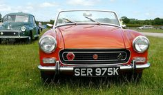 MG Midget (1971) | MKIII 1971 MG Midget the car had the 1275cc 4 cylinder engine rated at 76Bhp at 5800 rpm Detuned Cooper S  version