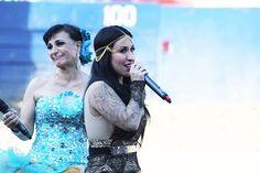 Beatriz Adriana celebra el Día de la Madre en Pico Rivera